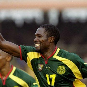 Marc-Vivien Foe holding a green ball